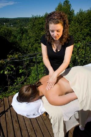 The Castle Inn : relax in our spa