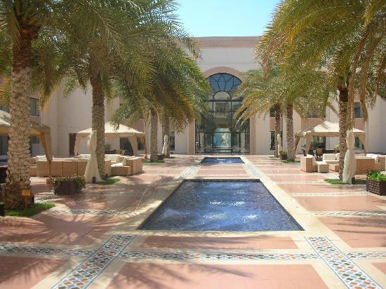 Shangri-La Al Husn Resort & Spa : Courtyard Al Husn