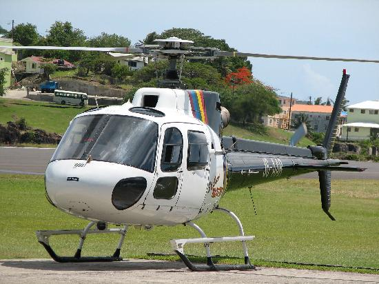 Bay Gardens Beach Resort: Worth taking the helicopter back to the airport!