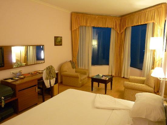 The Quilon Beach Hotel & Convention Centre: Premium room.