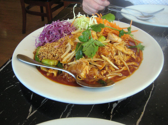 Table for Two : Pad Thai