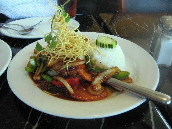 Table for Two : Kung Prik-Pow