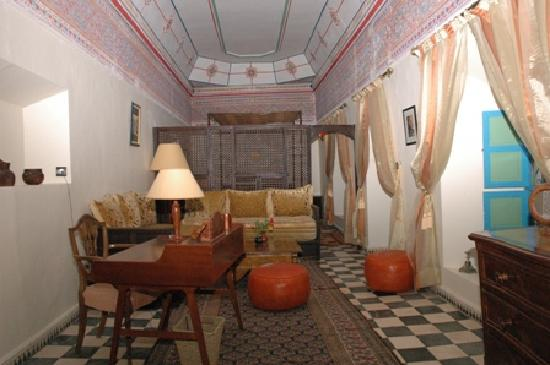 Riad Hida : Salon