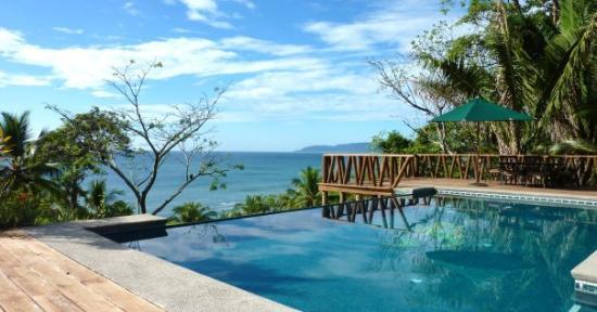Villa Robinson Crusoe, Tango Mar, Tambor