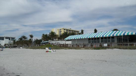 The Naples Beach Hotel Golf Club Sunset Bar