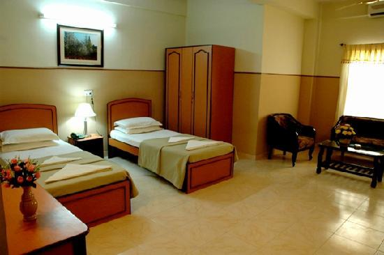 OYO 2052 Hotel Compact Green View : The Premium Room