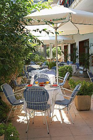Hotel Bell Repos: terrace