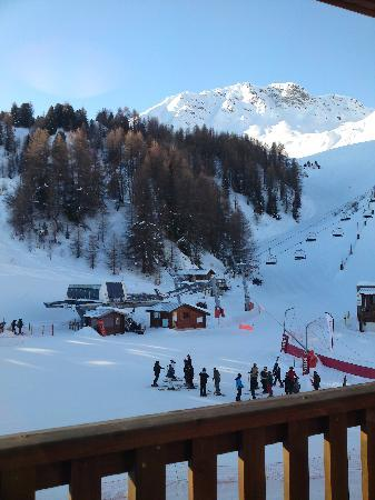 Macot-la-Plagne, Frankrijk: View from Room 12