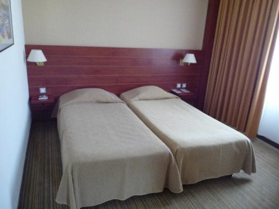 hotel best western plus ajaccio amiraute lits jumeaux - Lits Jumeaux