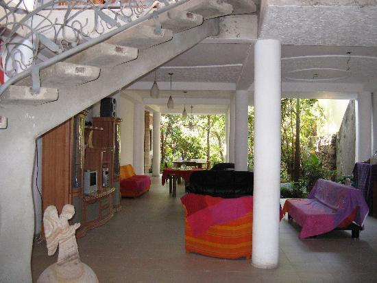 Hostal El Portal: Common area