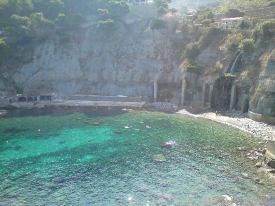 Bañalbufar, España: La playa
