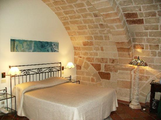 Photo of Hotel Hotel Ristorante Grotta Palazzese at Via Narciso 59, Polignano a Mare 70044, Italy