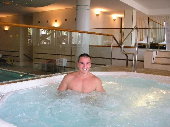 THE JACUZZI OF LAUSANNE PALACE & SPA