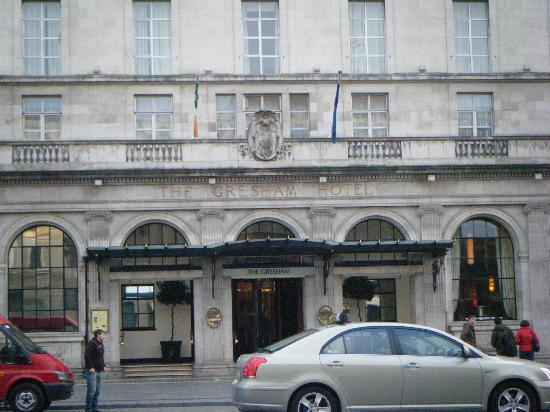 Brazenhead Inn - Picture of Hotel Riu Plaza The Gresham ...