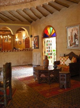 Hotel Dar Zitoune: reception area
