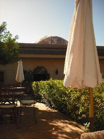 Hotel Dar Zitoune: one of the terrace areas