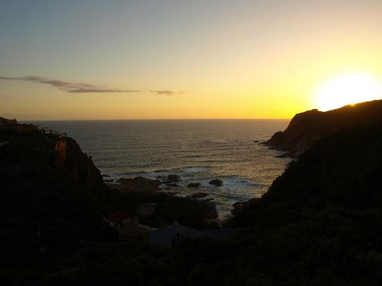 Headlands House: Sunset from Elephant room