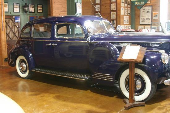 Fort Lauderdale Antique Car Museum: 1941 Packard Custom Super 8 Touring Sedan