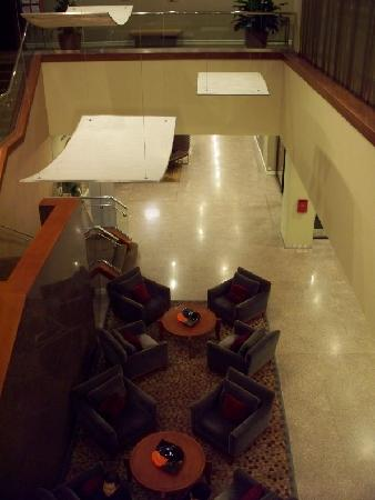 Reston, Wirginia: lobby from 2nd floor