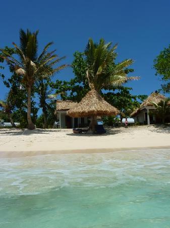 Blue Lagoon Beach Resort: Beachfront Bure