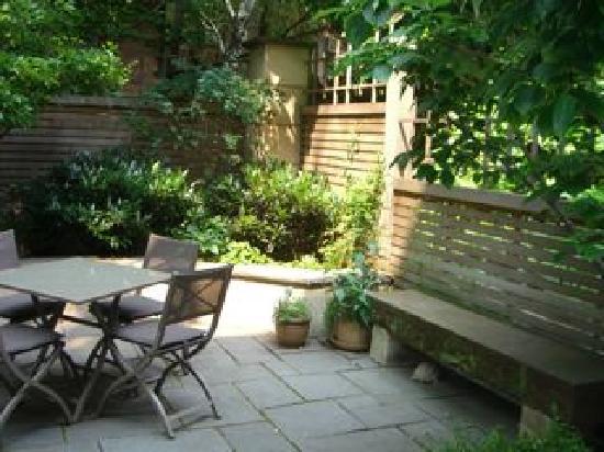 A Garden In Chelsea: Garden