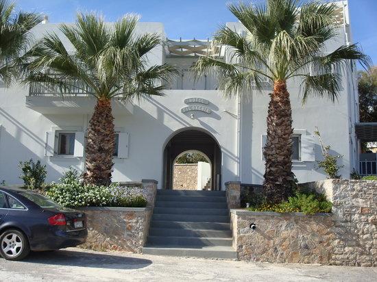 Agia Pelagia, กรีซ: Outside