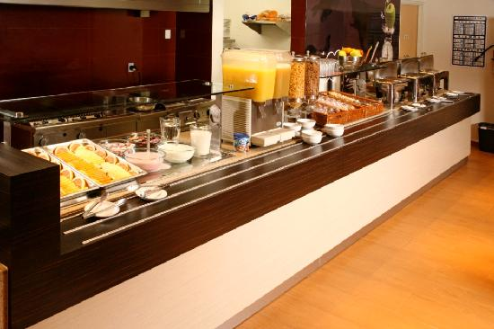 Hotel Ibis Merida: Breakfast