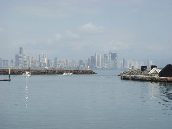 Lenos y Carbon : Panama City from Amador Restaurante