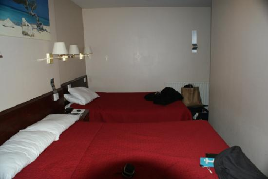 Hyde Park Court Hotel: My room