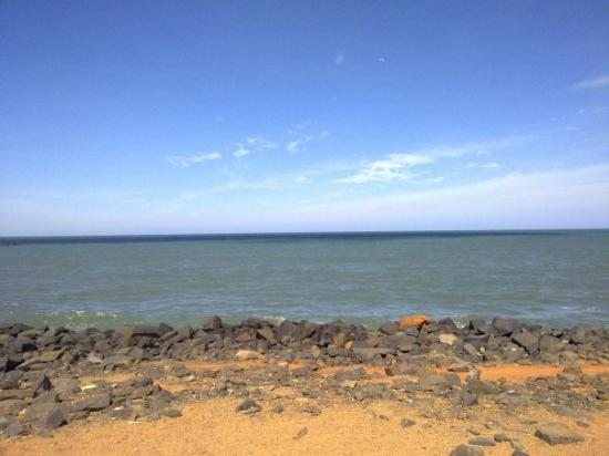 Pondicherry, India: Pondi beach