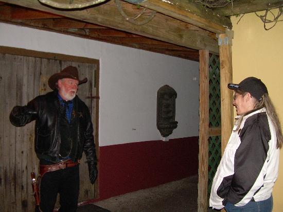 Sheriffs Historical Tours: The Sherrif and my wife at the end of the tour.