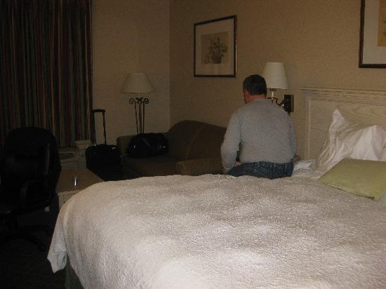Hampton Inn Winchester-University/Mall Area: bed