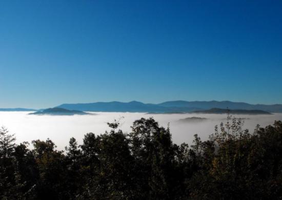 Blue Ridge Mountains: Morning commute