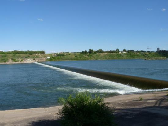 The Weir, Saskatoon, SK