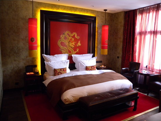 Buddha-Bar Hotel Prague: our comfy bed with tender linen