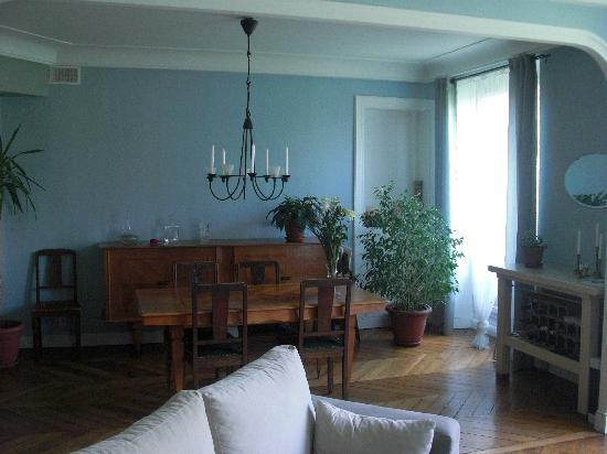 Bed and Breakfast Delareynie : Linving and dinning room