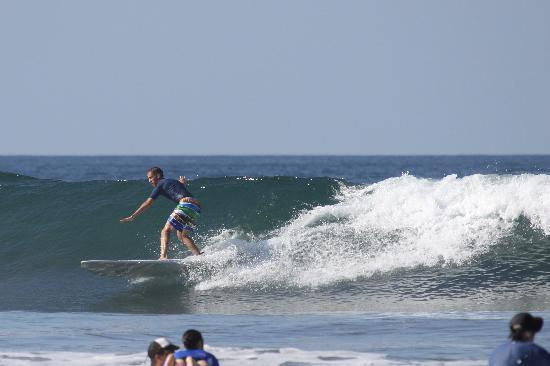 Nosara, Costa Rica: Catching a wave