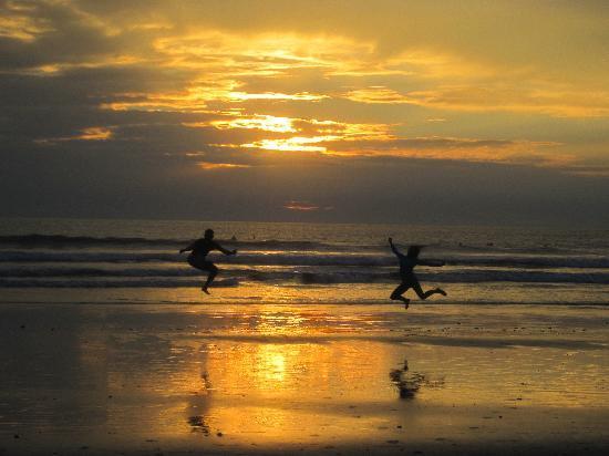 Nosara, Costa Rica: Beautiful sunsets