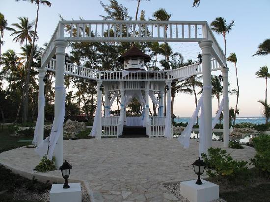 Grand Palladium Punta Cana Resort Spa Gazebo Where Weddings Were Held