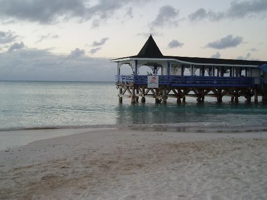 Halcyon Cove by Rex Resorts: Halcyon Cove Feb 2006