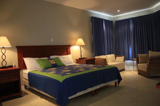 ذا هايداواي هوتل: Hideaway's Guest Room