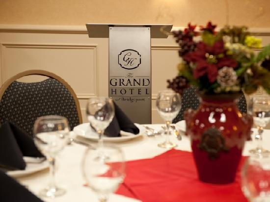Grand Hotel At Bridgeport: The Grand Hotel - Meeting Room