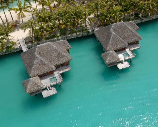 The St. Regis Bora Bora Resort: Vue du ciel