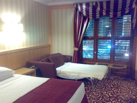 Makkah Hilton Hotel: view