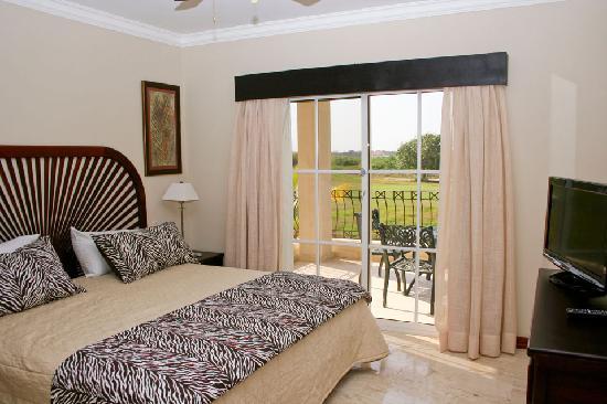 Bavaro Punta Cana Residences : Master Bedroom