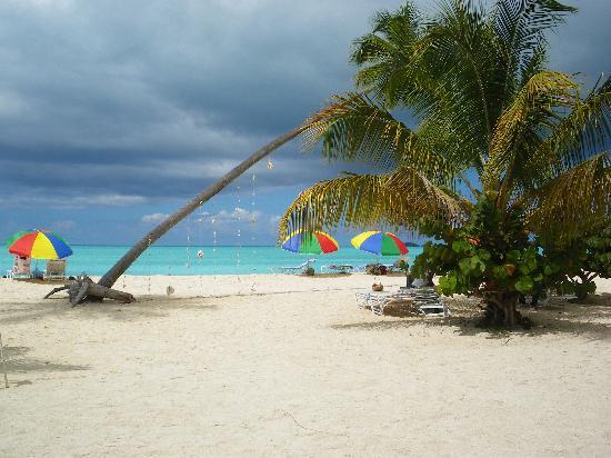 Pineapple Beach Club Antigua : valley church beach   mmm