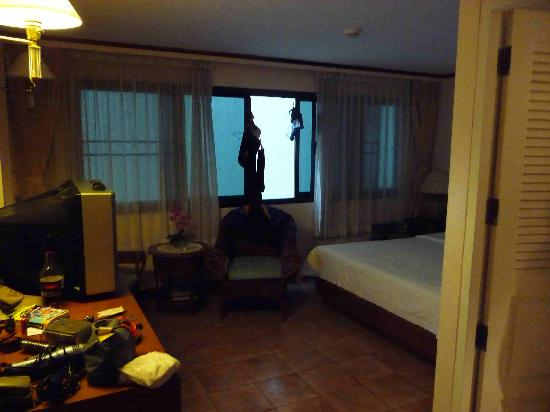 Surin Bay Inn: Room