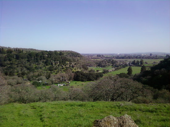 Fairfield, CA: View of Rockville from one of the trails