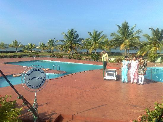 Aquasserenne: Swimmimg Pool