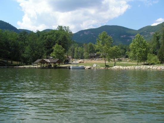 "Lake Lure, Caroline du Nord : The old scout camp were ""Dirty Dancing"" was filmed"